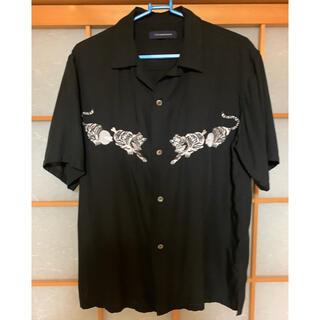 アンダーカバー(UNDERCOVER)のJohnUNDERCOVER×STUDIOUS トラ刺繍開襟シャツ(シャツ)