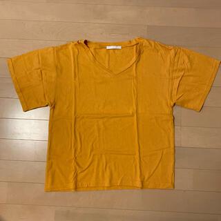 スピンズ(SPINNS)のVネックTシャツ(Tシャツ/カットソー(半袖/袖なし))