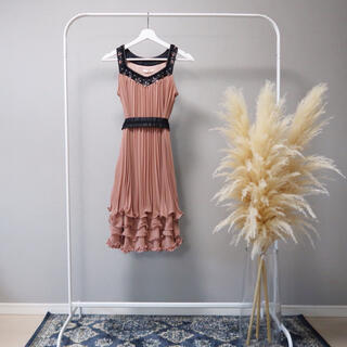 アクシーズファム(axes femme)のaxes femme ドレス(ミディアムドレス)