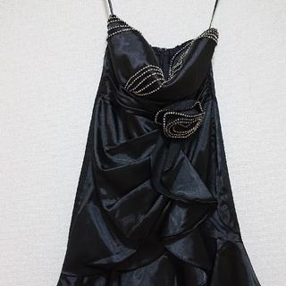 デイジーストア(dazzy store)のキャバドレス 黒 薔薇 サテン(ミディアムドレス)