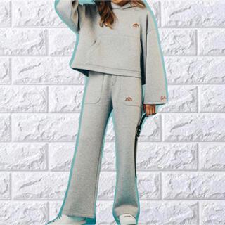 ダブルスタンダードクロージング(DOUBLE STANDARD CLOTHING)のダブルスタンダードクロージング レインボー刺繍パンツ 新品✨(トレーナー/スウェット)