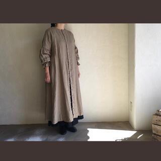ネストローブ(nest Robe)のnest robe パフスリーブ リネンワンピース ダークブラウン(ひざ丈ワンピース)