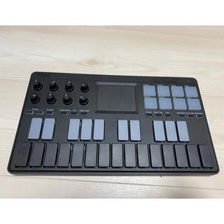 コルグ(KORG)のKORG nano key studio(MIDIコントローラー)