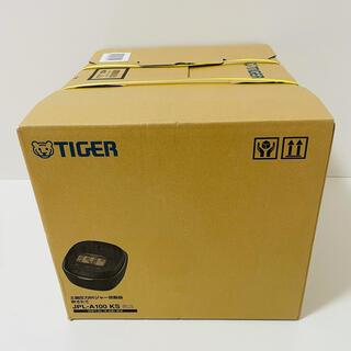 TIGER - 新品未開封!保証付き!タイガー炊飯器 5.5合 土鍋圧力IH式 JPL-A100