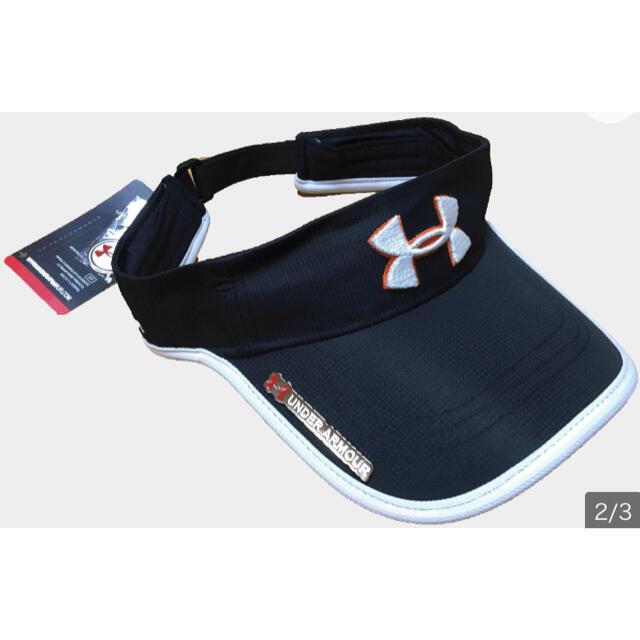 【新品】UNDER ARMOUR サンバイザー ゴルフウェア 黒 マーカー付 メンズの帽子(サンバイザー)の商品写真