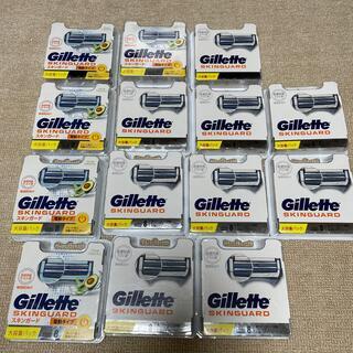 ジレ(gilet)の新品セット★ジレット スキンガード 敏感肌★替刃8コ入×14箱 計112個(メンズシェーバー)