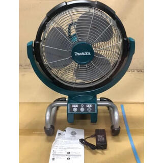 マキタ(Makita)のマキタ 充電式ファン産業扇 羽根径33cmCF300DZ(扇風機)