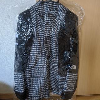 シュプリーム(Supreme)のNorth Face Studded Mountain Light Jacket(マウンテンパーカー)