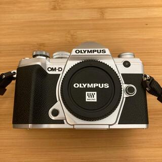 OLYMPUS - OM-D E-M5 Mark III 14-150mm II レンズキット