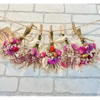 ドライフラワー スワッグ ガーランド❁404 ピンク薔薇 スターチス白 花束(ドライフラワー)