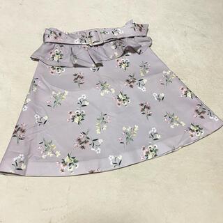 ティティアンドコー(titty&co)のtitty&co. 花柄台形スカート(ひざ丈スカート)