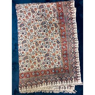 ZARA HOME - アンティーク 装飾柄絨毯
