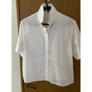 クミキョク(kumikyoku(組曲))の組曲の白シャツ(シャツ/ブラウス(半袖/袖なし))