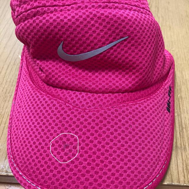 NIKE(ナイキ)のNIKE キャップ ピンク スポーツ/アウトドアのランニング(ウェア)の商品写真