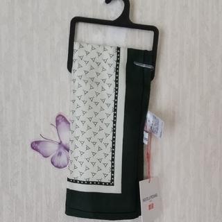 ユニクロ(UNIQLO)の新品 ユニクロ シルクスカーフ (バンダナ/スカーフ)