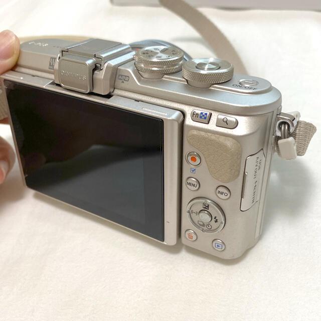 OLYMPUS(オリンパス)の【値下げしました】OLYMPUS PEN E-PL8 スマホ/家電/カメラのカメラ(ミラーレス一眼)の商品写真