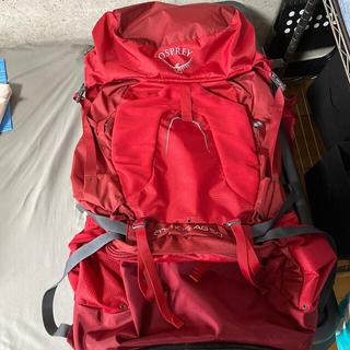 オスプレイ(Osprey)のオスプレー アトモスAG50 リュック 50L ザック 専用レインカバー付き(登山用品)
