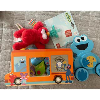 SESAME STREET - セサミストリート エルモ クッキーモンスター おもちゃ 木玩具 おしゃぶり