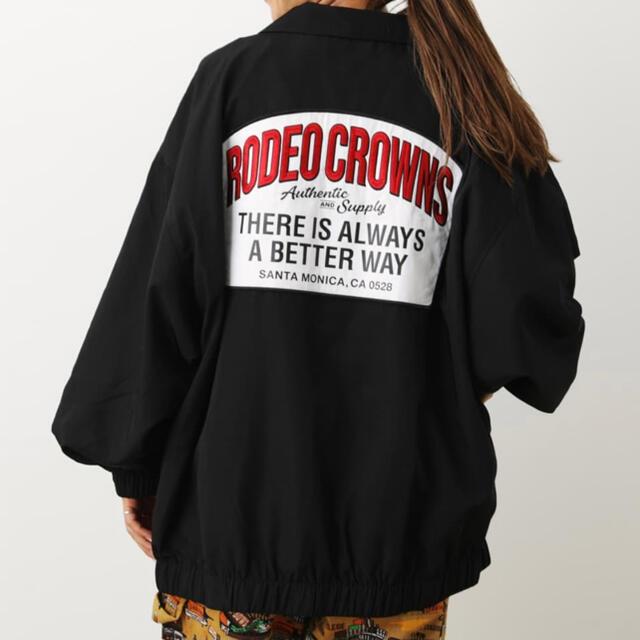 RODEO CROWNS WIDE BOWL(ロデオクラウンズワイドボウル)のルーズコーチジャケット レディースのジャケット/アウター(ブルゾン)の商品写真