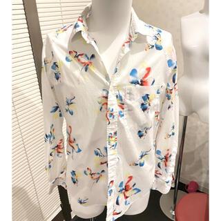 マーカウェア(MARKAWEAR)のマーカウェア MARKAWARE フラワー柄 ホワイトシャツ アメリカンラグシー(シャツ)