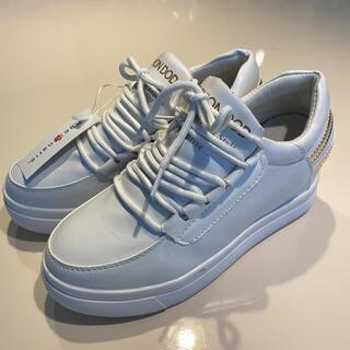 adidas - 厚底 インヒール スニーカー 23センチ 白 ホワイト