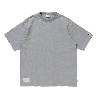 ダブルタップス(W)taps)の希少コラボ WTAPS×Champion ショートスリーブTシャツ グレー M(Tシャツ/カットソー(半袖/袖なし))