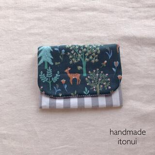 森の中の動物たちが可愛いハンドメイドのポケットティッシュケース 移動ポケット(外出用品)