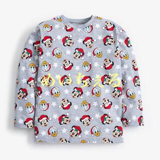 ディズニー(Disney)の【新品】グレー Disney クリスマスTシャツ(ガールズ)(シャツ/カットソー)