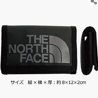 ザノースフェイス(THE NORTH FACE)の美品 ノースフェイス キャンプウォレット 財布 小銭と定期入れ 三つ折り 黒(折り財布)
