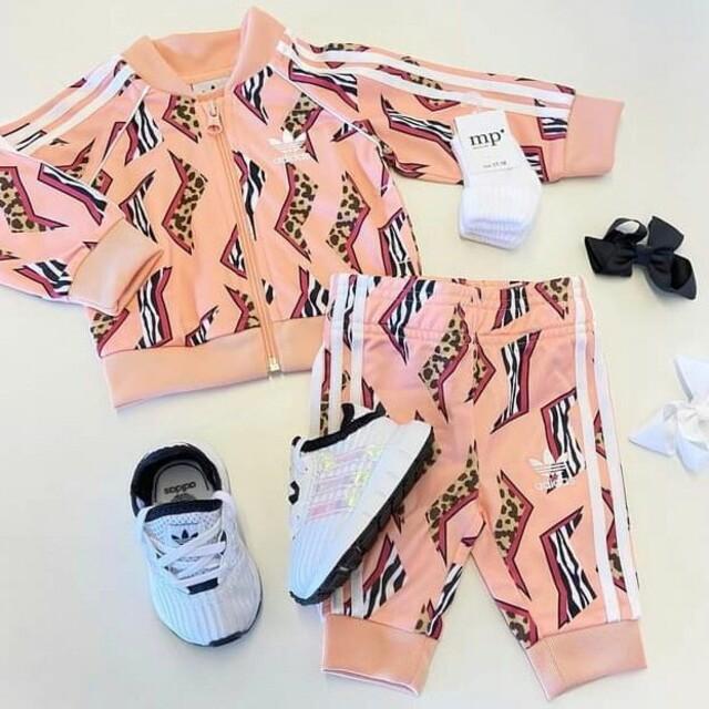 adidas(アディダス)のチョコ様専用 キッズ/ベビー/マタニティのキッズ服女の子用(90cm~)(パンツ/スパッツ)の商品写真