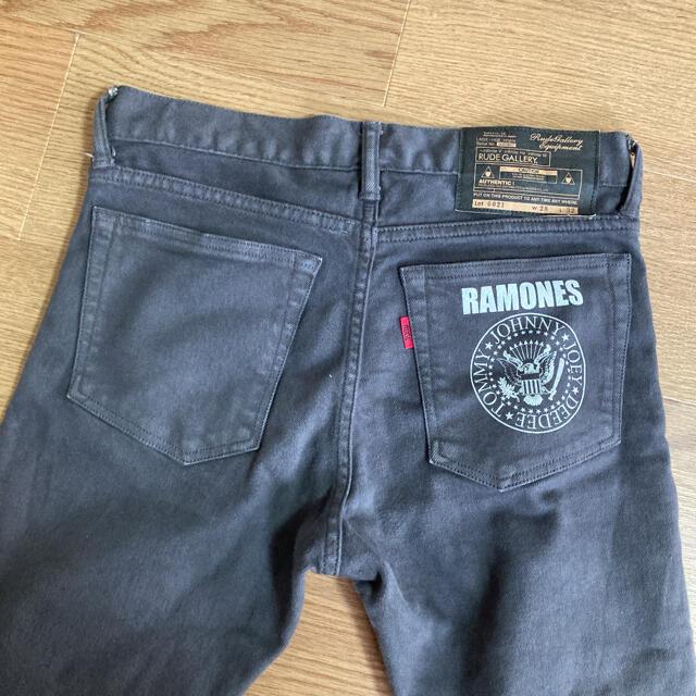RUDE GALLERY(ルードギャラリー)のRUDE GALLERY ダメージスキニーパンツ メンズのパンツ(デニム/ジーンズ)の商品写真