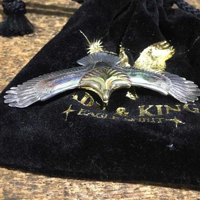 goro's(ゴローズ)の定価99000円  tady&king  頭金  k18  中イーグル メンズのアクセサリー(ネックレス)の商品写真