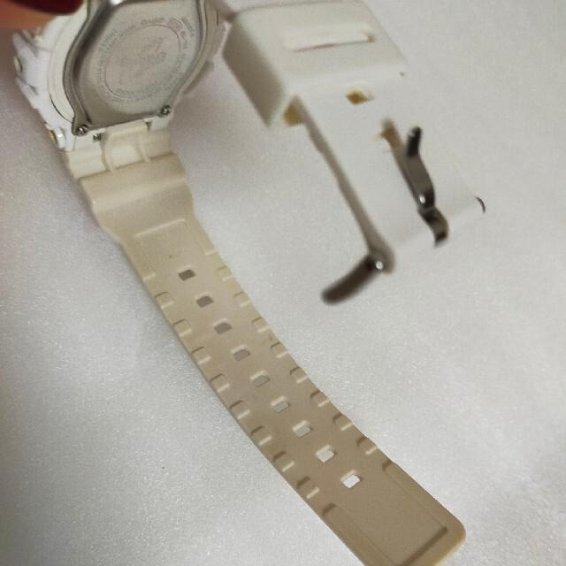 Baby-G(ベビージー)のG-SHOCK ホワイト レディースのファッション小物(腕時計)の商品写真