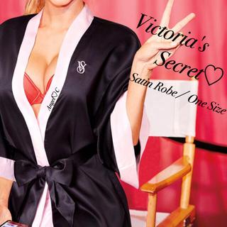 ヴィクトリアズシークレット(Victoria's Secret)の新品未開封♡限定デザイン♡VICTORIA'S SECRET♡サテンローブ(ルームウェア)