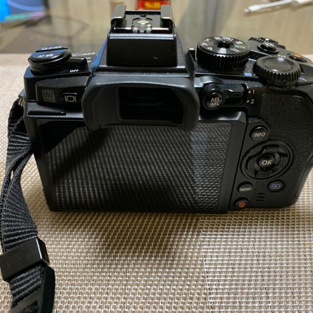 OLYMPUS(オリンパス)のOLYMPUS OM-D EM-1 スマホ/家電/カメラのカメラ(ミラーレス一眼)の商品写真