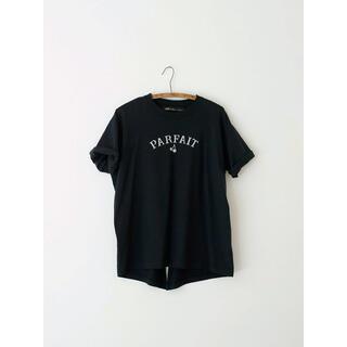 ハグオーワー(Hug O War)のCloth&Cross バックスリット プリントT-sh  PARFAIT 雅姫(Tシャツ(半袖/袖なし))