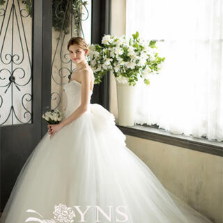 ヴェラウォン(Vera Wang)の《新品》YNS Wedding♡ウェディングドレス SL17347-YS(ウェディングドレス)