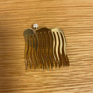 コレットマルーフ(colette malouf)のコレットマルーフ パール付メタルコーム 新品 ゴールド(その他)