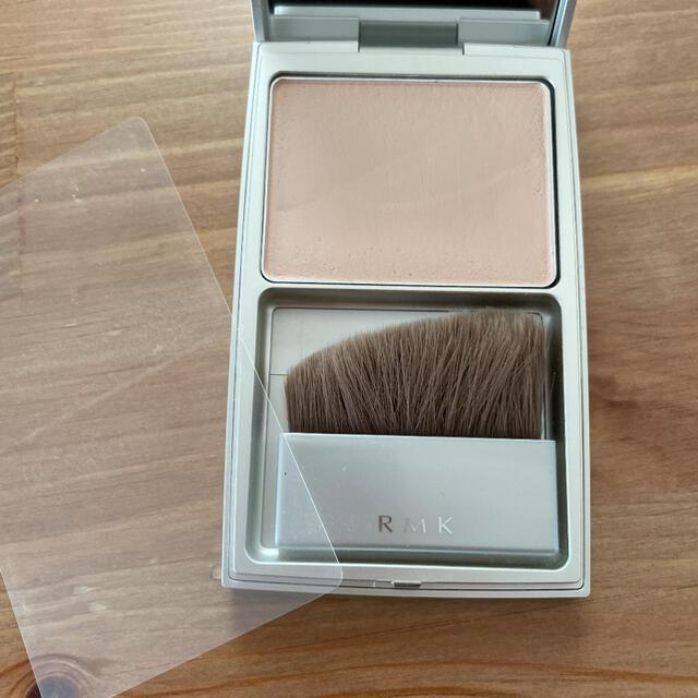 RMK(アールエムケー)のRMK シルクフィット フェイスパウダー 01 コスメ/美容のベースメイク/化粧品(フェイスパウダー)の商品写真