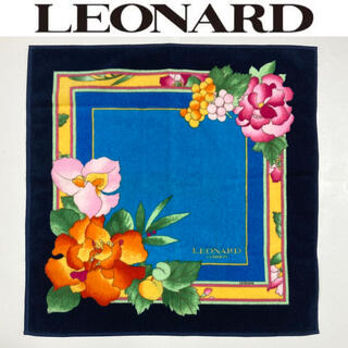 レオナール(LEONARD)のLEONARD タオルハンカチ レオナール 大判 ハンドタオル 未使用 カレ90(ハンカチ)