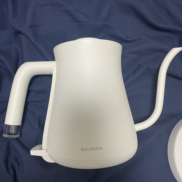 BALMUDA(バルミューダ)のバルミューダ電気ケトル スマホ/家電/カメラの生活家電(電気ケトル)の商品写真