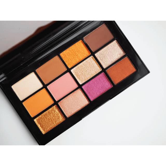 NARS(ナーズ)の売り切りセール‼️Nars アイシャドウパレット コスメ/美容のベースメイク/化粧品(アイシャドウ)の商品写真