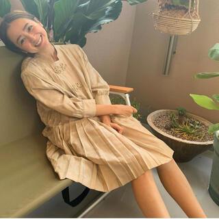 Ameri VINTAGE - 新品☆Ameri vintage☆CHINA PLEATS BLOUSE☆ワンピ