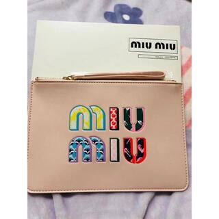 ミュウミュウ(miumiu)のミュウミュウ    ノベルティ ポーチ ピンク 箱付き正規品(ポーチ)