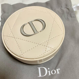 Dior - ディオールスキン フォーエヴァー  クッションパウダー ラベンダー