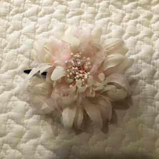 フラワー コサージュ 髪飾り ヘアクリップ(ヘアアクセサリー)