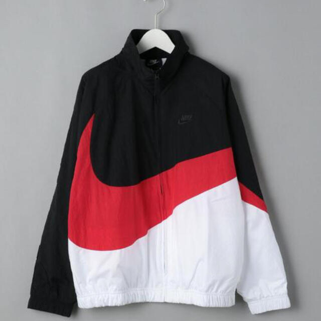 NIKE(ナイキ)の☆ NIKE ☆   WOVEN JKT  メンズのジャケット/アウター(ナイロンジャケット)の商品写真