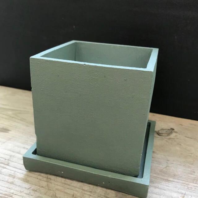オシャレセメント鉢 ブロンズグリーン スクエア型 ハンドメイドのフラワー/ガーデン(プランター)の商品写真