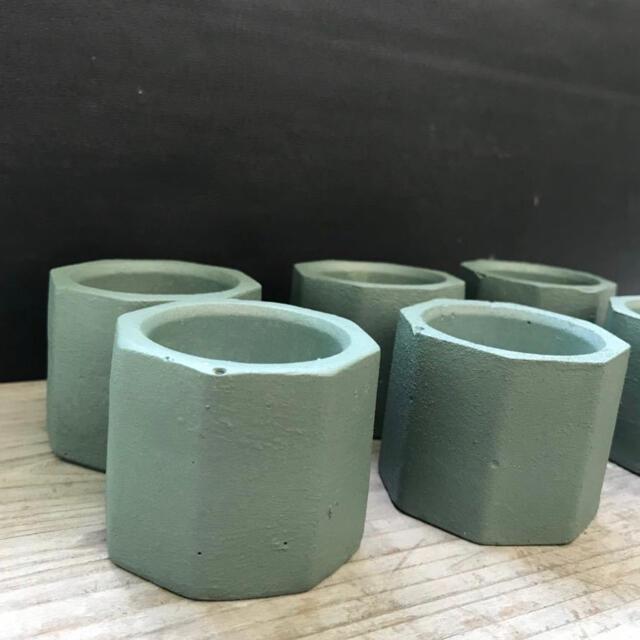 在庫処分価格 オシャレセメント鉢6点セット ブロンズグリーン ハンドメイドのフラワー/ガーデン(プランター)の商品写真
