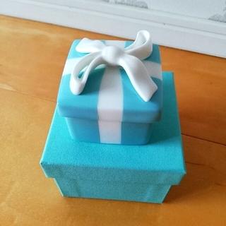 Tiffany & Co. - 新品 箱付き ティファニー ミニブルーボウボックス ボーンチャイナ 小物入れ